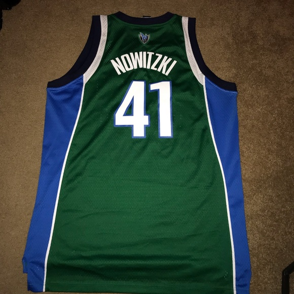 online retailer a067c f5a82 Mens Dallas Mavericks Nowitzki Retro jersey